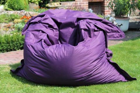 Kinzler Sitzsack im Garten