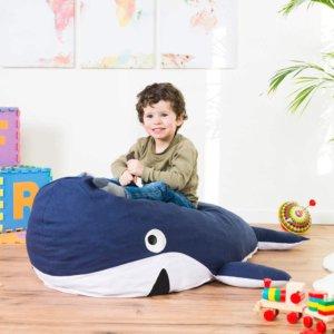 Kind mit Wal Sitzsack